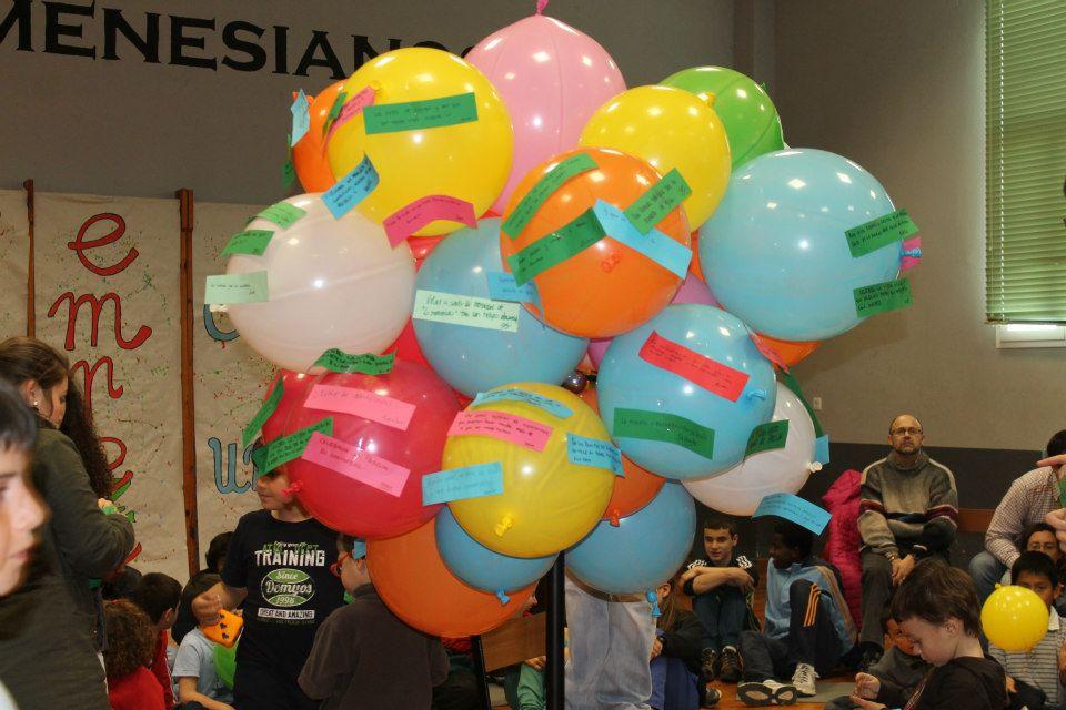 pascua FM13 globos