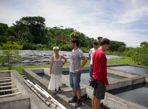 asier - El Salvador estanque